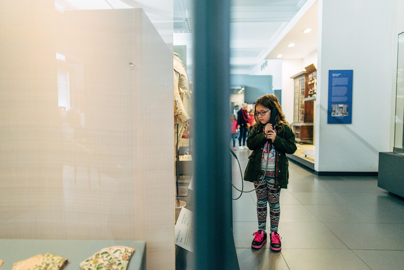 lifestyle photography at the victoria and albert museum London