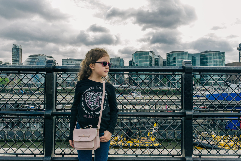 portrait photography on the thames embankment in london